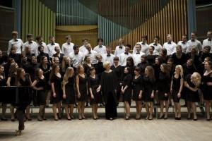 Студенческий хор на мастер-классе с дирижером Андреа Анджелини